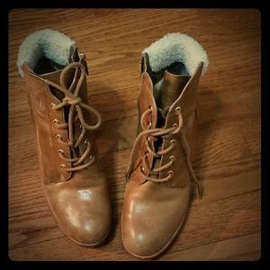 Michael Kors tan boots